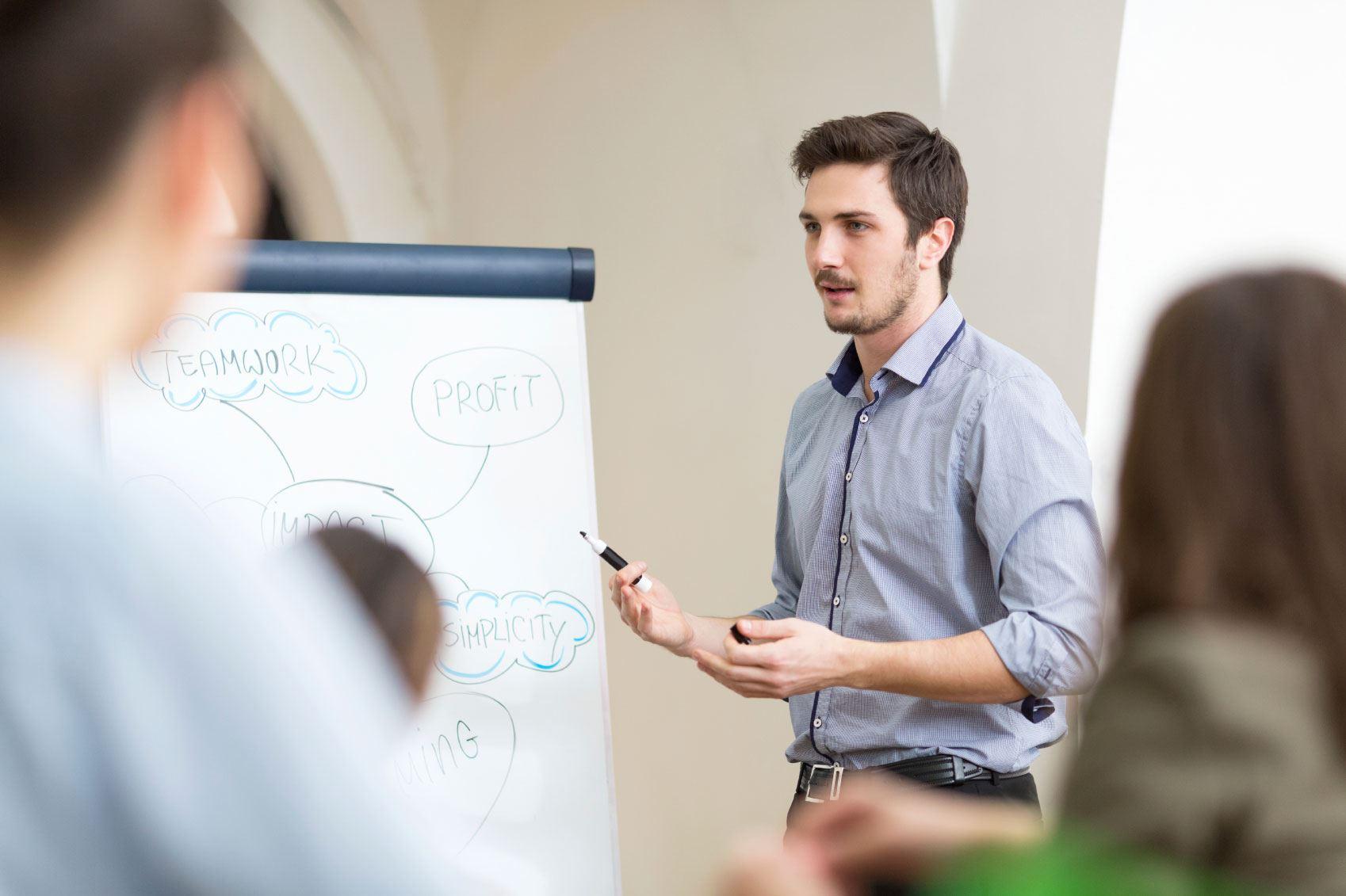 How to Run a Successful Rostrum WA Public Speaking Club